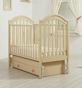 Кроватка+комод пеленальный стол