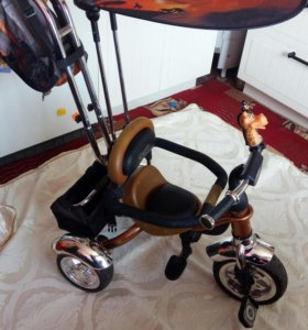 Велосипед детский от года.