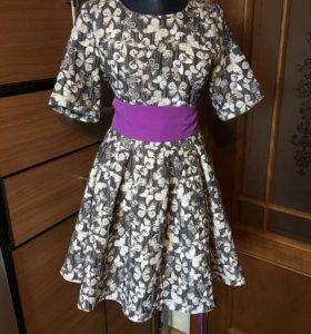 Платье нарядное 46-48 новое