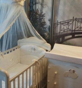 Детская кроватка с комодом Italbaby Cuccioli + ещё