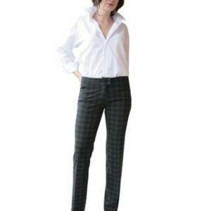 Комплект брюки+блузка р.42