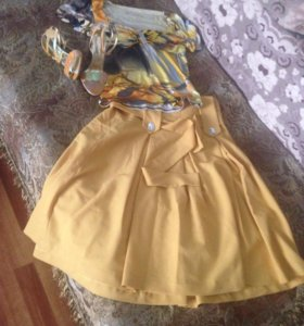 Кофта, юбка и босоножки