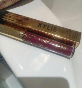 Матовая Kylie