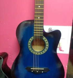 Гитара аккустическая