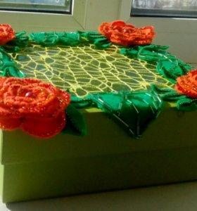 Букет из мягкой игрушки и декор коробка