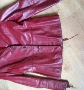 Кожаная куртка р46