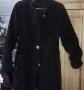 Пальто, куртка, жилетка)