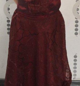 Нарядный костюм на девочку 9-10 лет