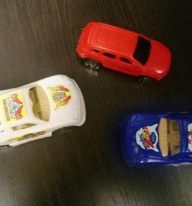 Машинки из пластика