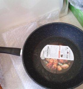 Сковорода литая 28см