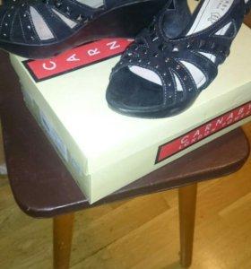 Туфли открытые(carnaby)