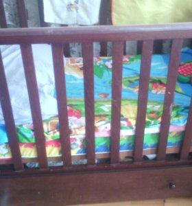 Кровать детская ..