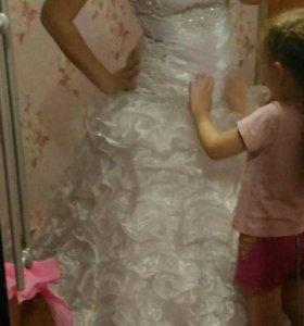 Свадебное платье 44-48разм