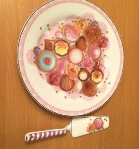 Тарелка для выпечки и лопатка