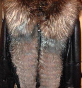 Продаю натуральную демисезонную кожаную куртку