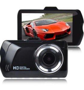 Автомобильный Видеорегистатор B2. Новый.