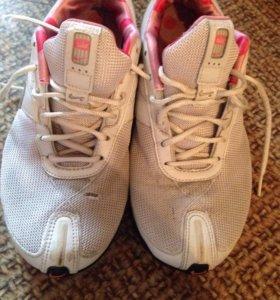 Кроссовки Nike 37-37,5