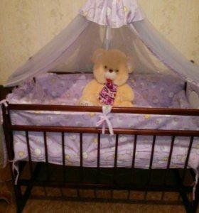 Детская кроватка вся в сборе!