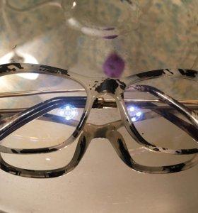 Стильная оправа/очки