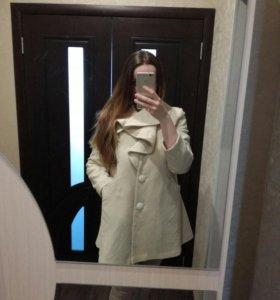 Пальто осенне-весенне