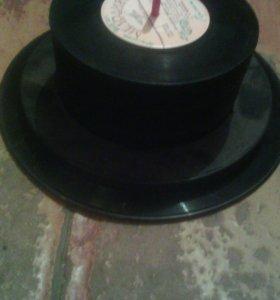 Пластинки виниловые
