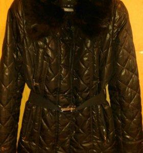 Куртка с натуральным мехом 44-46.