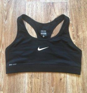 Спортивный топ Nike Dry-Fit