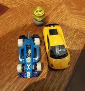 Машинки и не подоюший игрушка