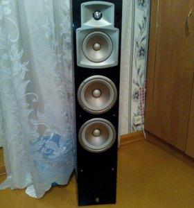 Продам 2 колонки Yamaha ns-555