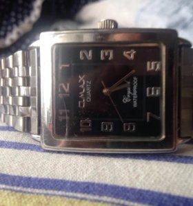 Часы O-Max