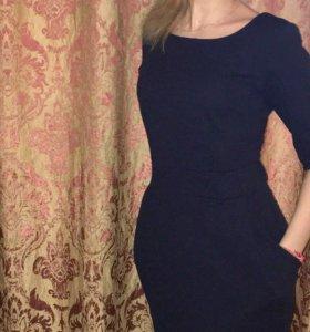 Платье темно-синего цвета 44-46