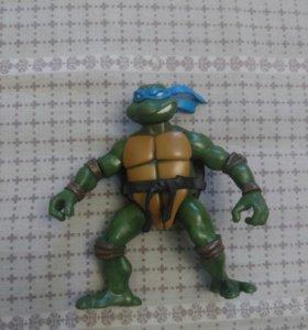 Игрушка черепашка-ниндзя Леонардо