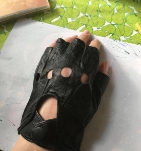 Перчатки кожа 10,5