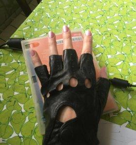 Перчатки кожа 10