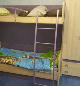 Кровати+шкаф+камод+стеллаж