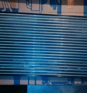 Радиатор двс Фольксваген Джетта 6 с 2010г.в.