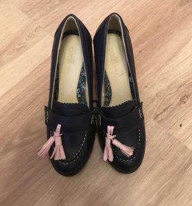Новые,кожа 38₽ туфли