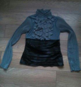 Блузка офисная, носила недолго, стала мала