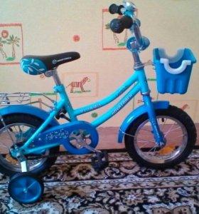 Велосипед:диаметр колес 12,живу в Маркова.