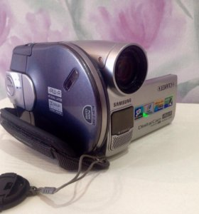 Видеокамера Samsung 33x optical zoom