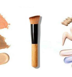 Новая кисть для макияжа