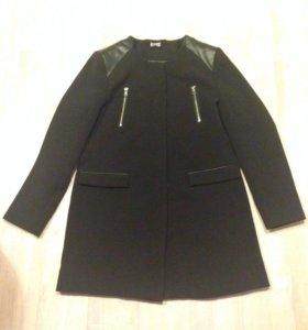 Пальто тонкое