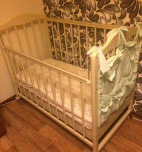 Детская кроватка+подарки