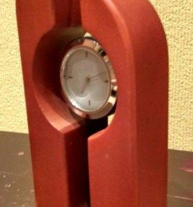 Часы настольные офисные