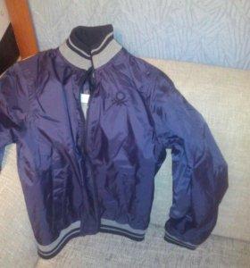 Куртка беннетон новая