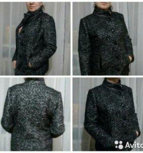 Полу пальто новое