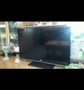 Продам телевизор диагональ 108