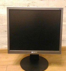 Монитор Sony SDM-S75D