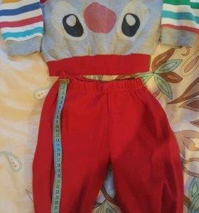 Красный костюмчик