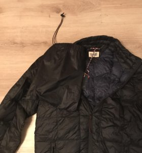 Новая курточка в чехле оригинал
